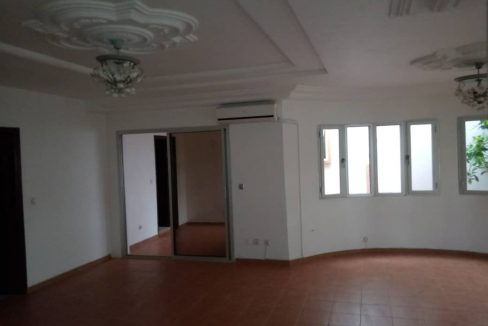 A vendre une villa 774591775 n2