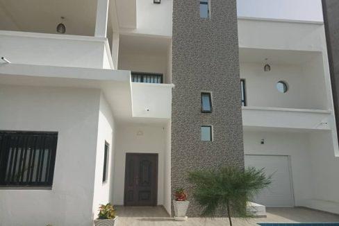 Magnifique villa en location à Saly 774180742