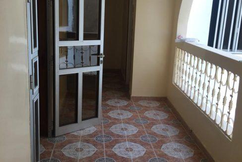 Vente villa R+2 Ouest foire 766418311 N2