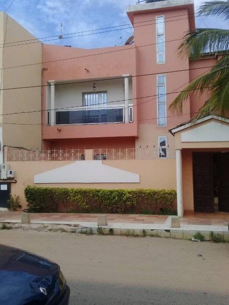 Villa à louer à Maristes 773810246 n2