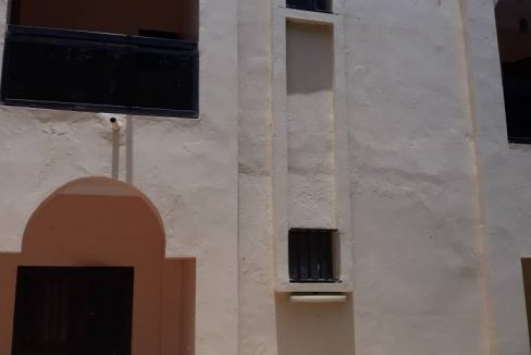 Villa à louer aux almadies 774005141 N2