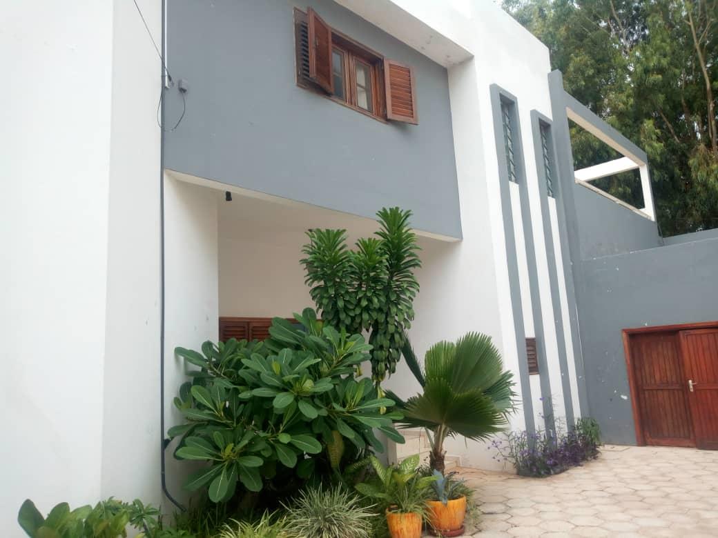 Charmante villa à louer à Mermoz, Dakar