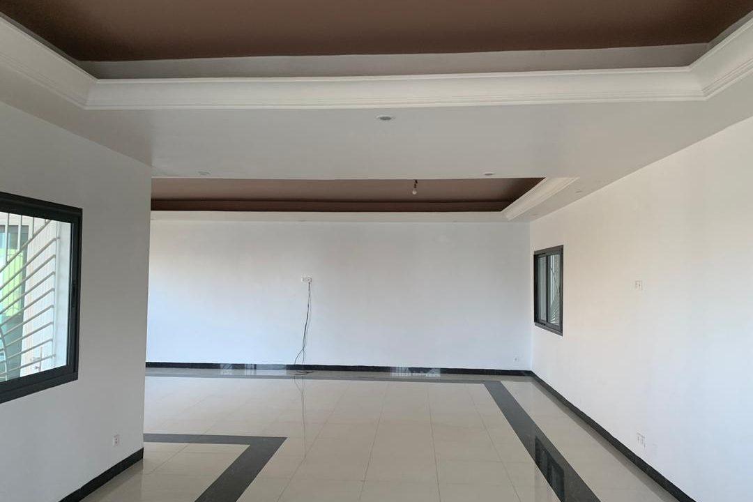 Villa cité Biagui 771343691 N4