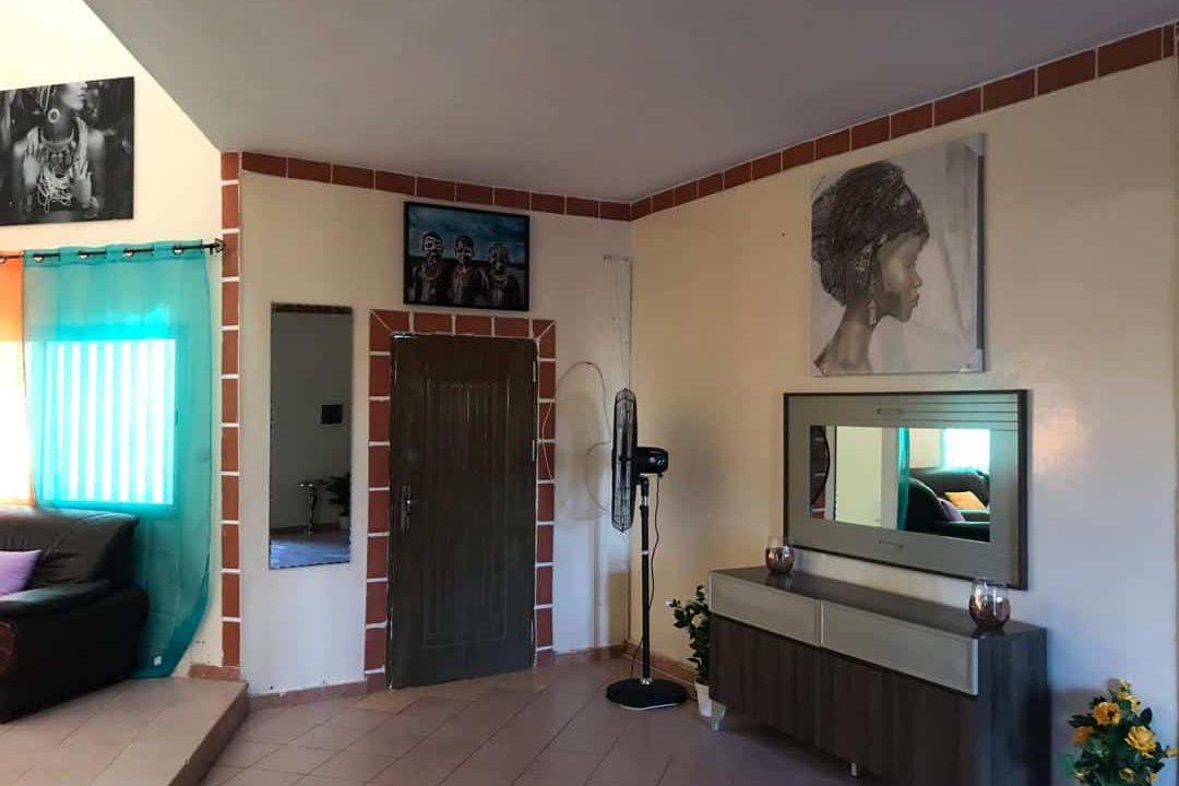 Villa journalière à Saly 774180742