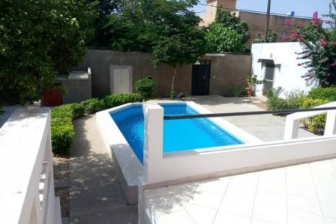 Villa journalière a Saly 776360467 N2