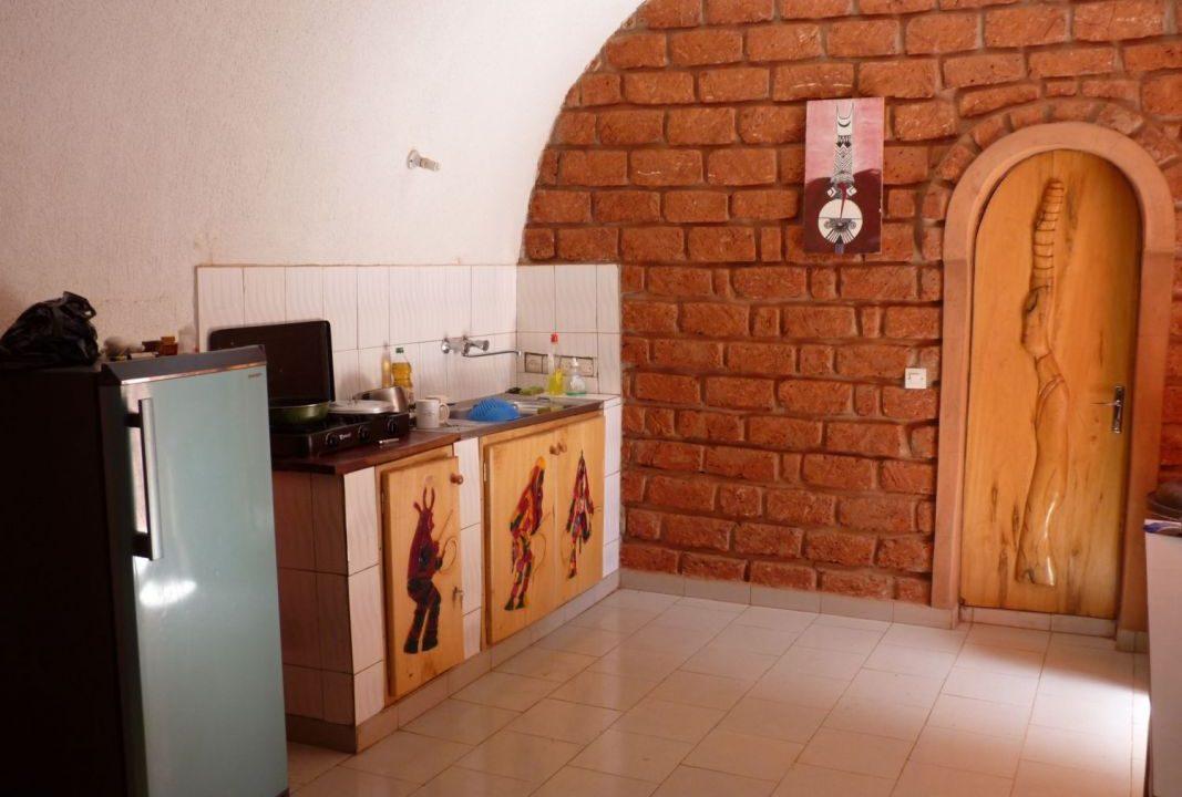 Burkina à louer cuisine 00226 76 01 36 99