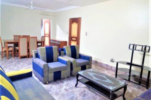 Burkina 0022671912242 A.P meublé salon