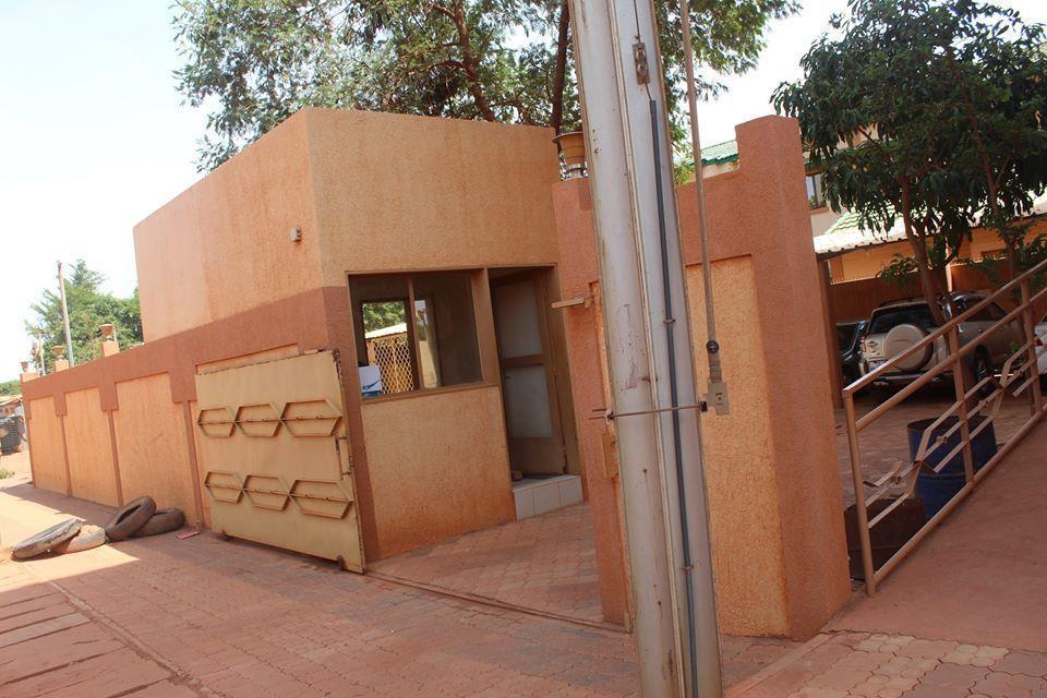 Burkina bureau cabine vigil +22671912242