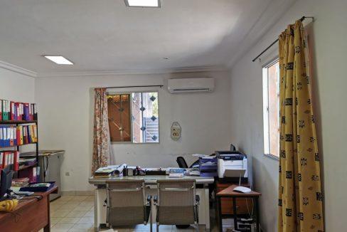 Burkina bureau rouge 0643271434