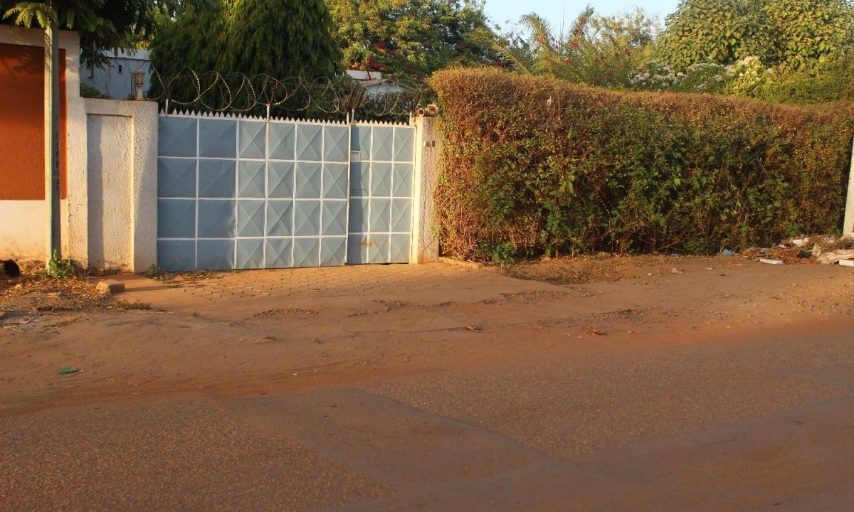 Burkina koulouba porte 71 91 22 42