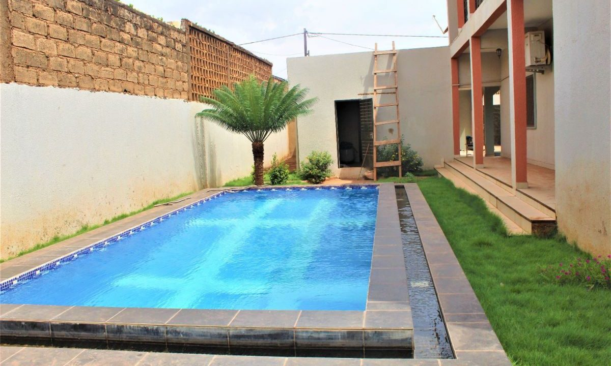 Burkina rose 2e piscine