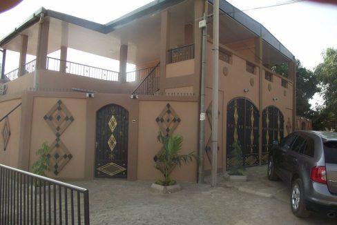 Burkina villa maron 0022625308383