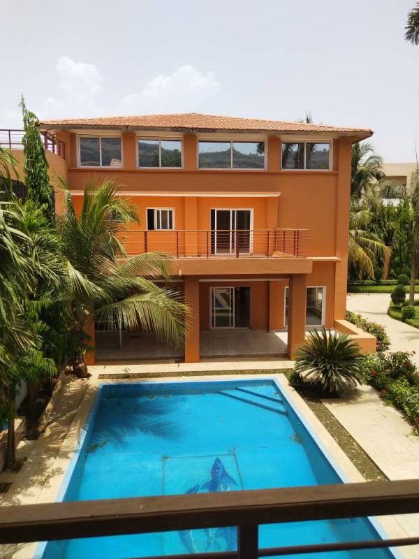 Belle villa à louer à Sebenikoro , Bamako