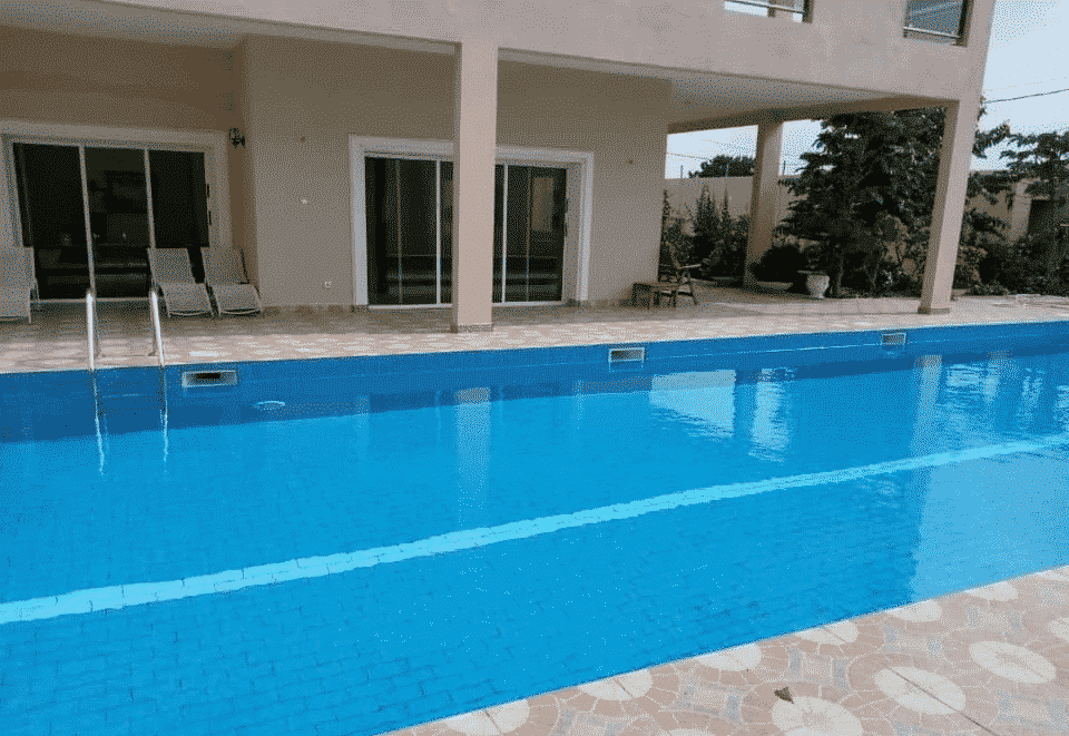 Togo 0022890238564 piscine modifier