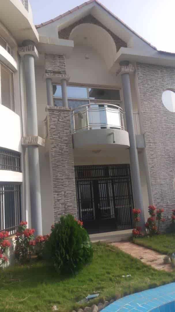 Building to rent Bamako Sotouba