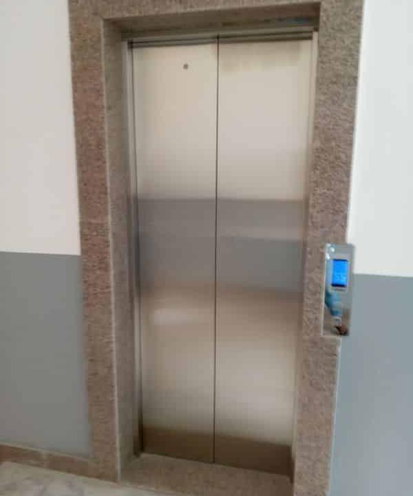A.P à louer Abidjan 47027822 ascenseur