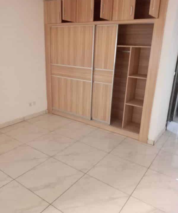 A.P à louer Abidjan 47027822 placards