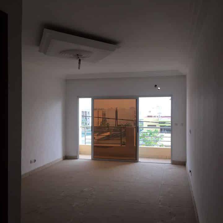 A.P à louer Abidjan 84116560  balcons