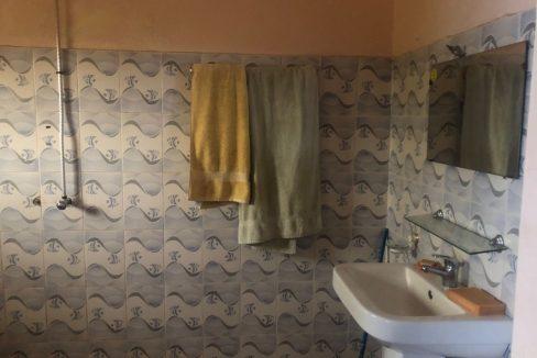 Chambre meublée à louer Bamako 76433184 toilette 2