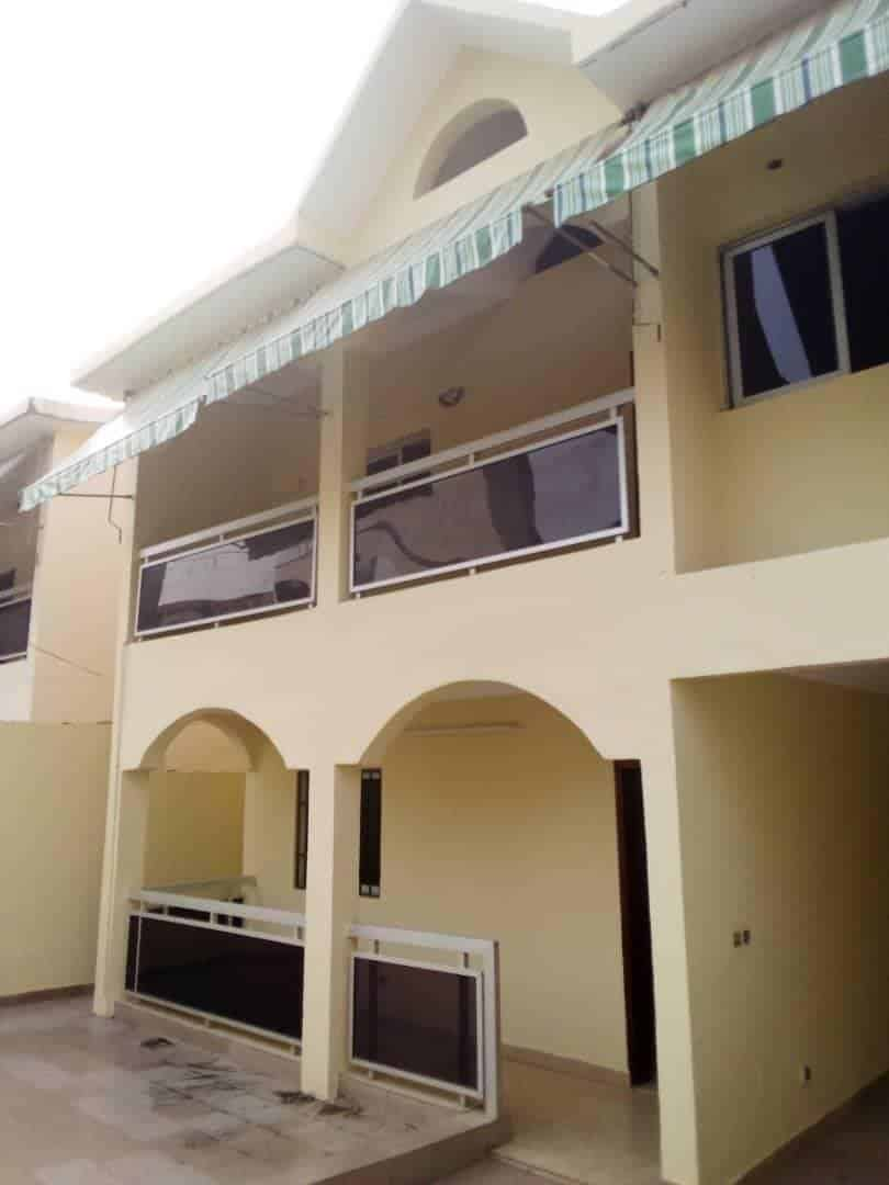 Maison à louer Abidjan Riviera Palmeraie
