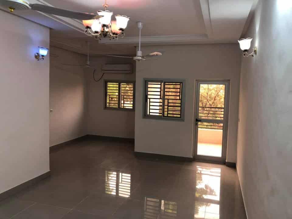 Immeuble à louer Bamako +22376234057 salon