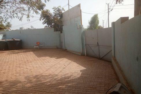 Maison à vendre au Mali 79141061 porte