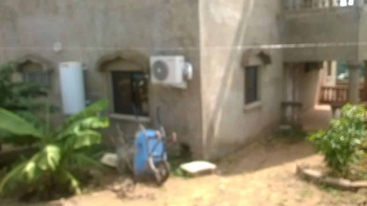 Villa à achever à Bamako 0662579804 jardin