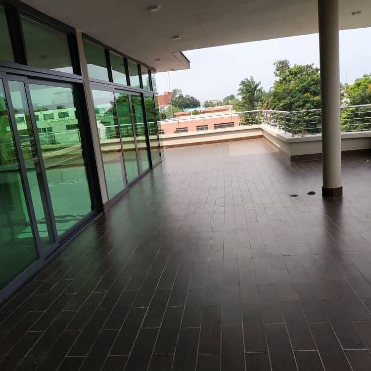 Maison à vendre à Abidjan Deux Plateaux