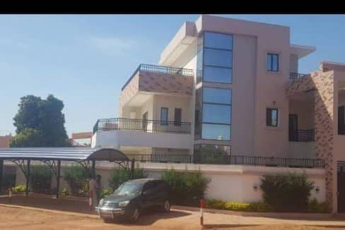 Villa à vendre Bamako devanture