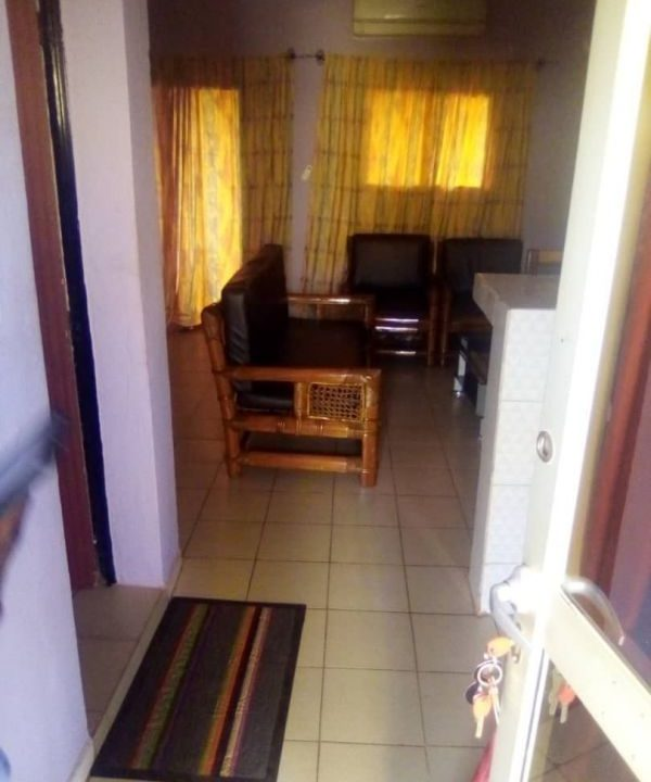 Villa à louer Bamako feuteuils