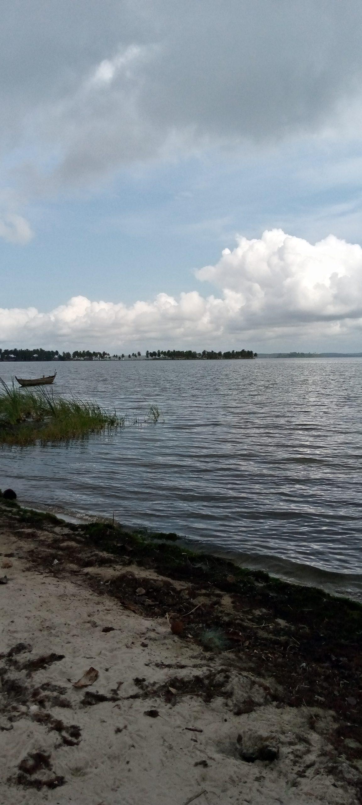 Terrain en bordure de lagune à jacqueville
