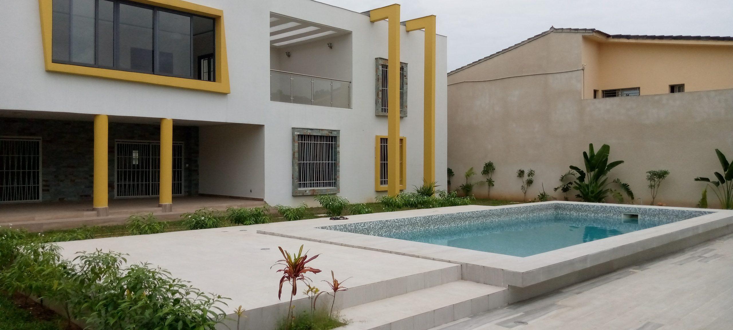 À louer duplex moderne à la Rivera Abidjan