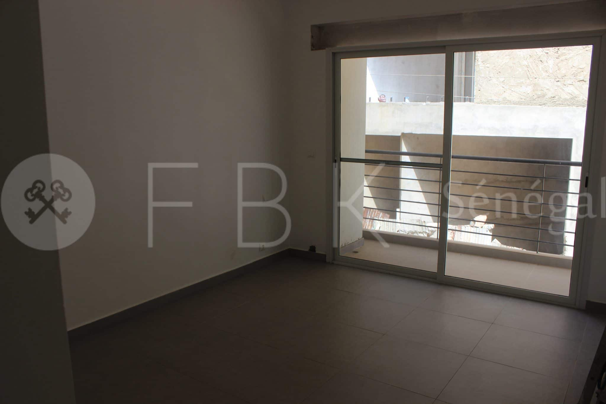 Duplex 5P for rent on Virage Dakar