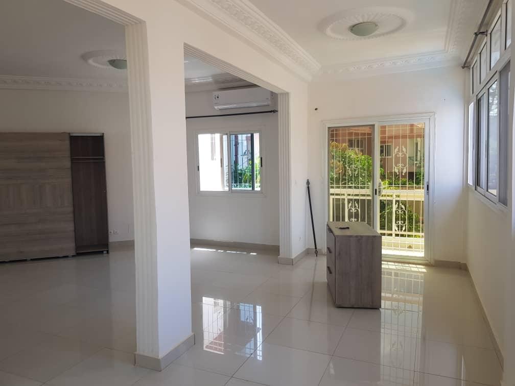 Villa à louer Fann Residence Dakar
