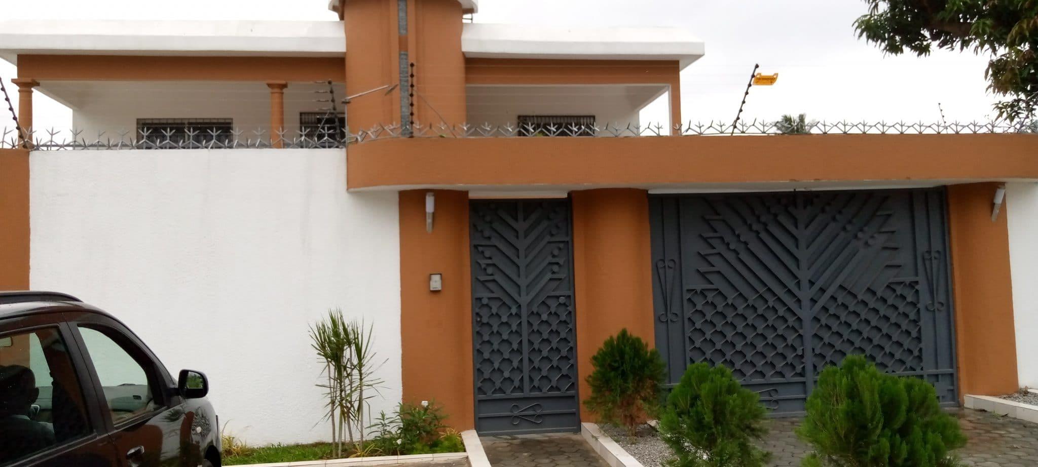 Villa duplex de 6 pièces à Cocody deux plateaux