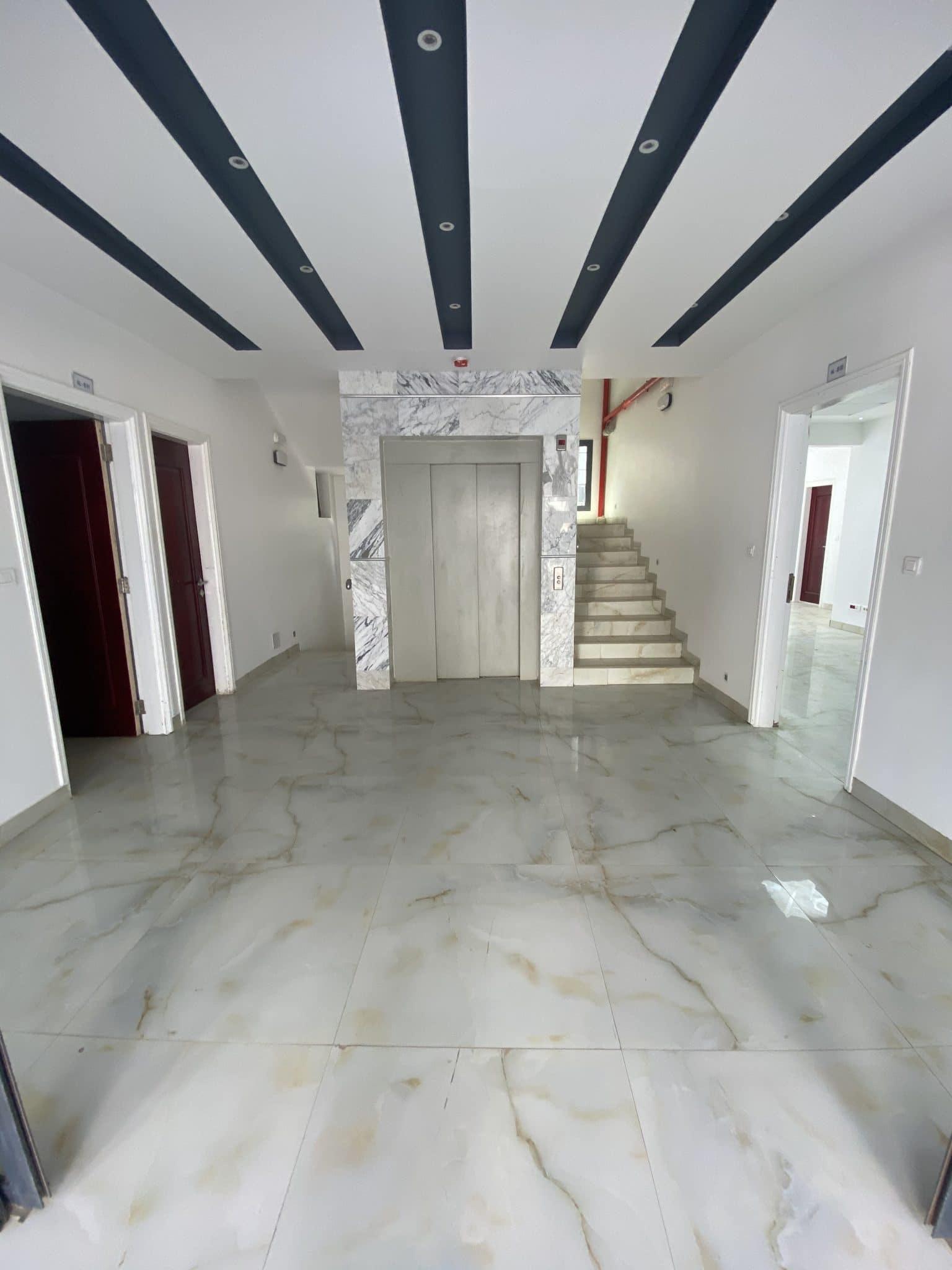 Appartement à usage professionnel à louer à Ngor-Almadies
