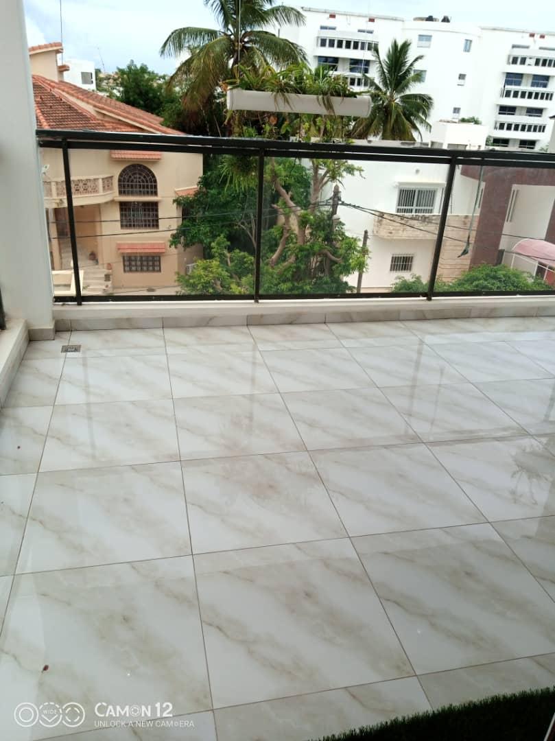 Appartement à Louer à Dakar aux Almadies