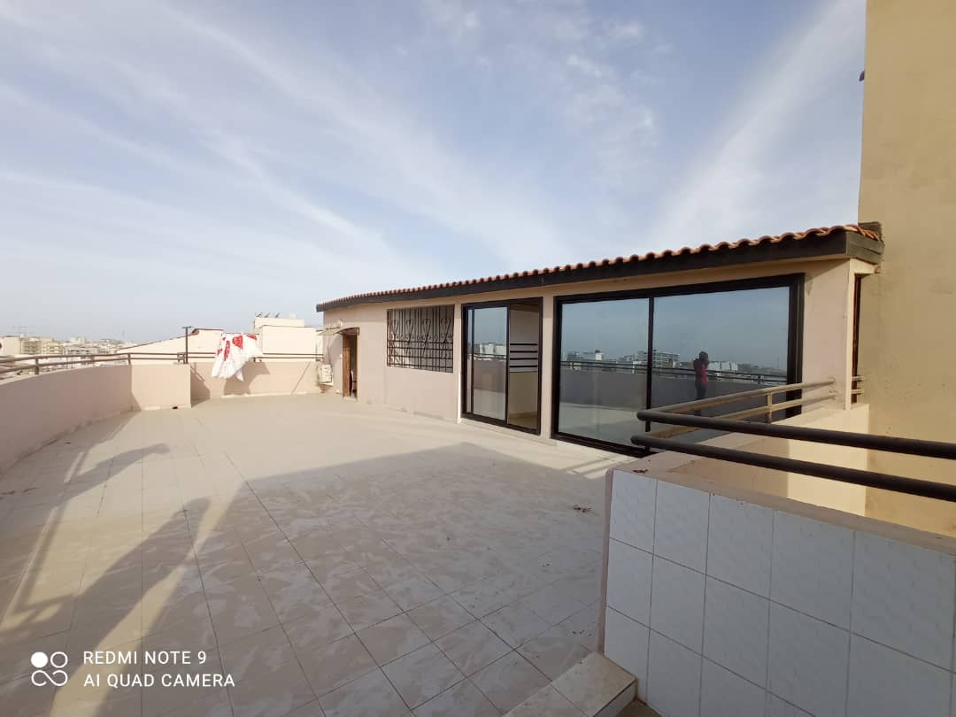 Studio meublé à Louer à Dakar aux Almadies