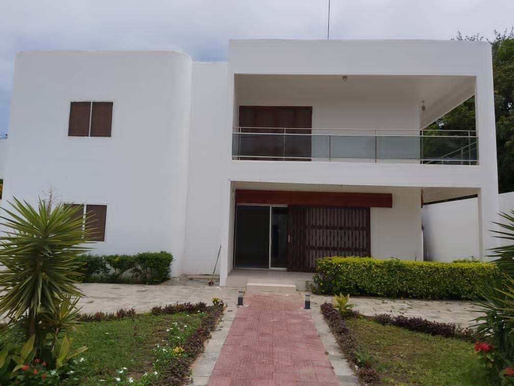 Villa à Louer à Dakar à Fann Résidence