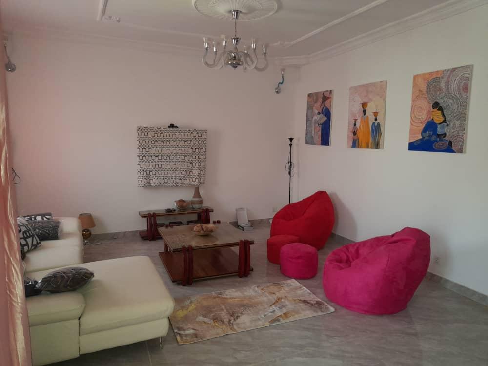 Appartement Meublé à Louer à Dakar aux Point E