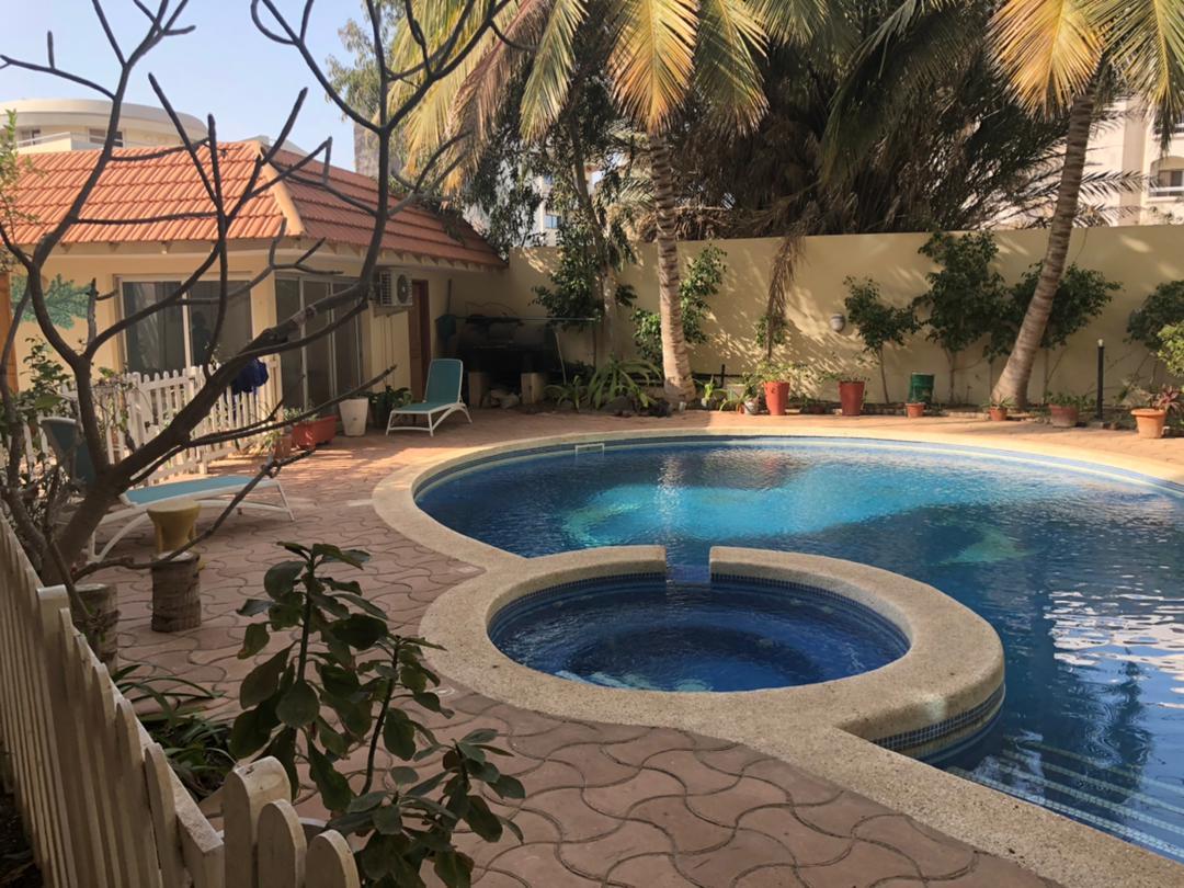 Belle maison bien placée à vendre aux Almadies Dakar