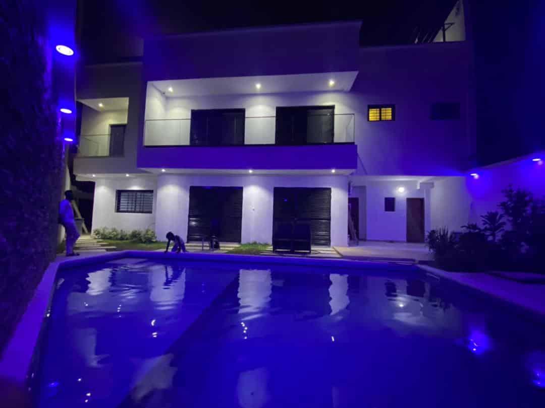 Très belle maison neuve à vendre aux Almadies zone de recasement