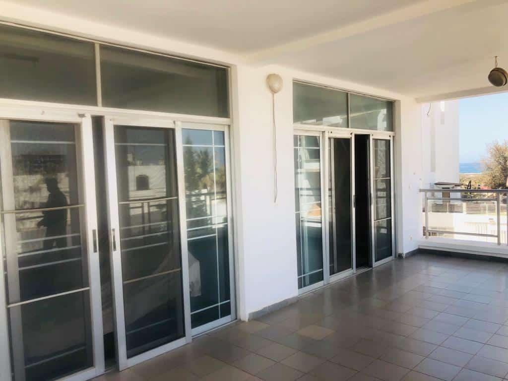 Appartement avec terrasse privée à louer aux Almadies