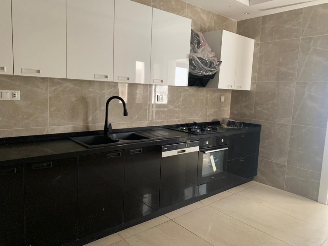 Appartement F4 à louer au Virage Dakar