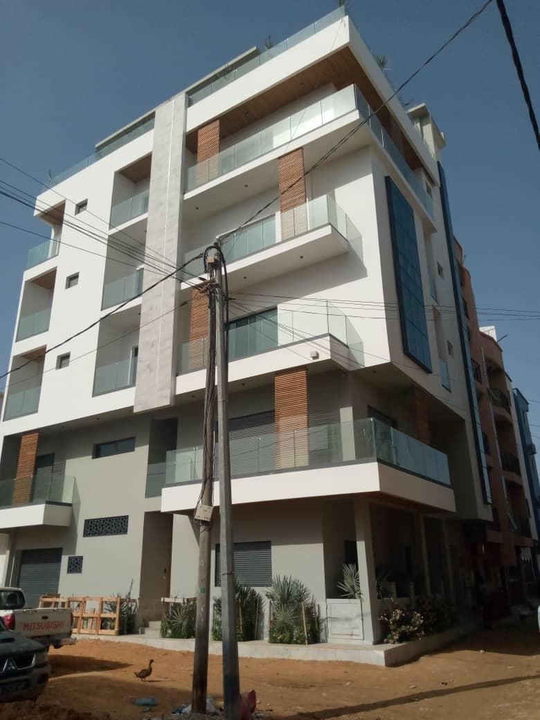 Immeuble à vendre à Ngor