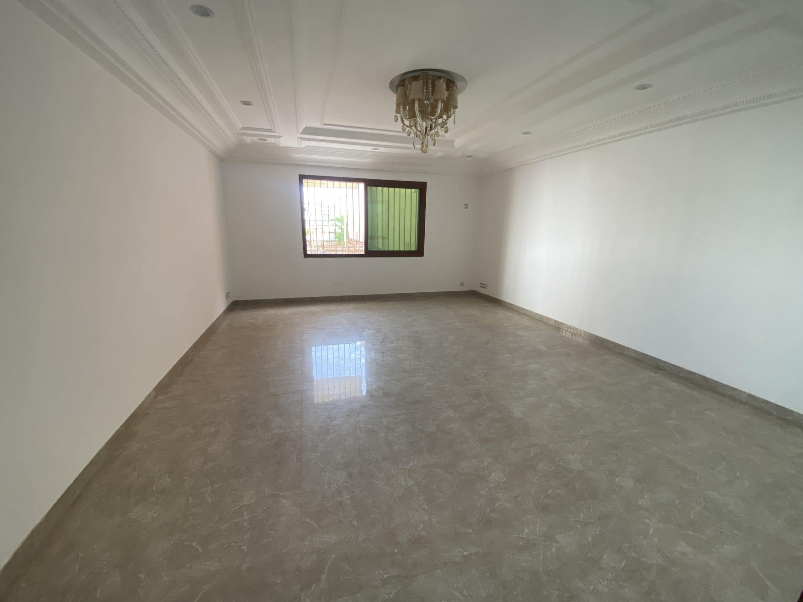 Appartement F3 à louer Yoff Onomo
