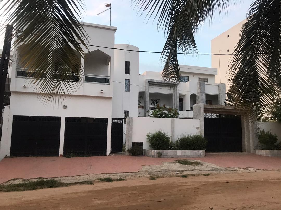 Belle maison à vendre aux Almadies